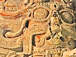 Thumbnail image for Scientists desecrate Mayan tomb of Chak, King of El Zotz (video)