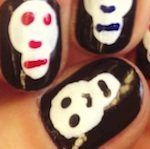 Thumbnail image for @SaraChicaD paints her nails like skulls for Dia de los Muertos (video)