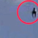Thumbnail image for WTF is it? A horse-shaped UFO/OVNI hovers over Colima volcano (video)